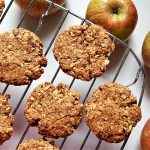 5-ingredient vegan apple cookies