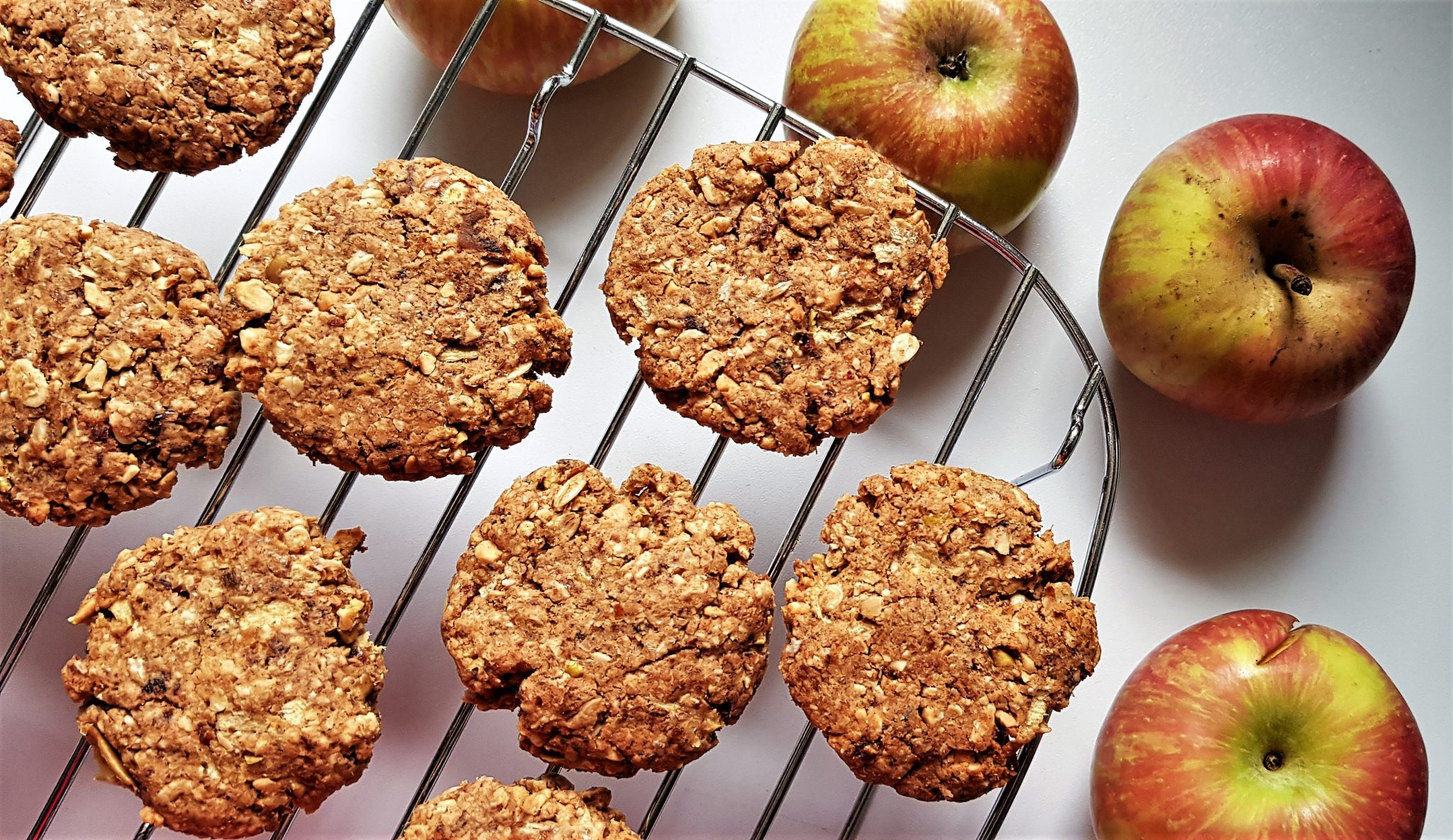 5 ingredient vegan apple cookies